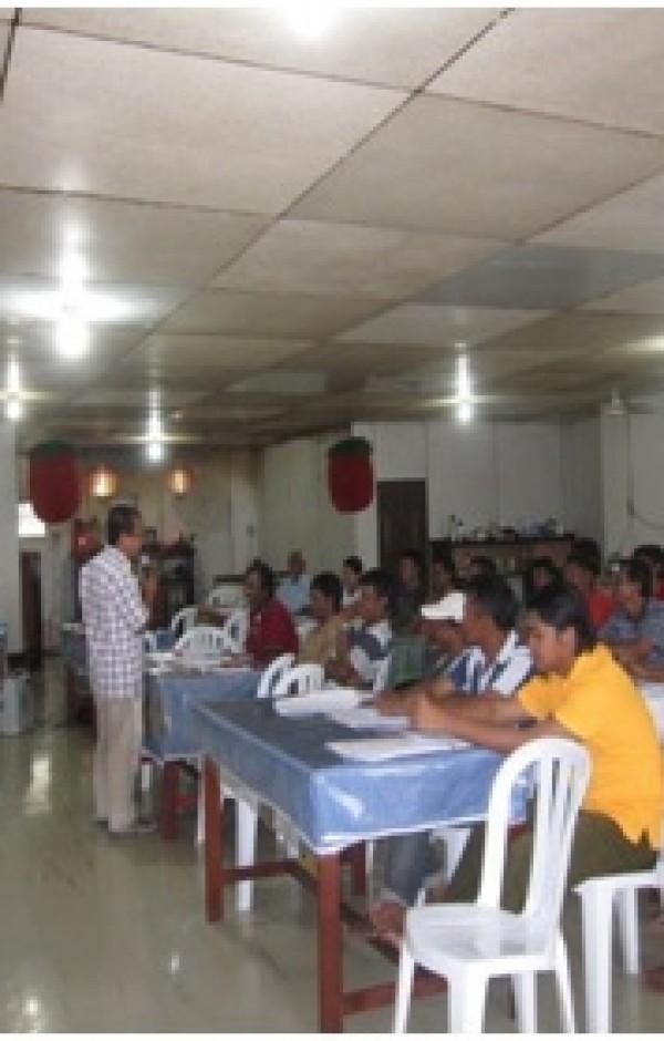 Pelatihan Kesehatan dan Keselamatan Kerja (K3) yang diberikan oleh Pak Thomas Hidayat dari Proxsis